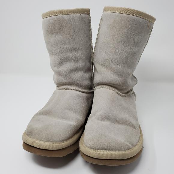 "UGG ""Classic short "" Winter Boots w/Sheepskin"